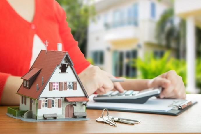 Выселять из жилья должников по валютным ипотечным кредитам не буду еще 2 года