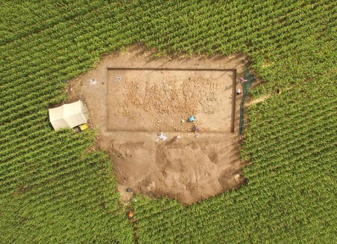 Студенти-історики представили сюжет з розкопок найбільшого поселенняна заході Південного Бугу (Відео)
