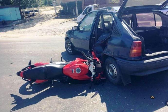 У Тростянецькому районі водій Opel під наркотиками збив мотоцикліста (Фото)