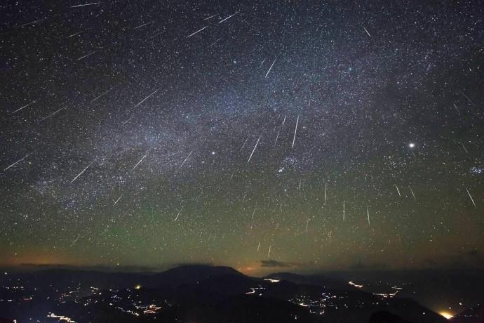 Зорепадні ночі: Земля входить у період найбільшої активності метеорного потоку Персеїди