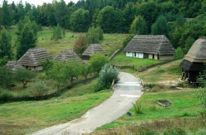 Суд запретил строить жилье возле музея в селе Пирогово