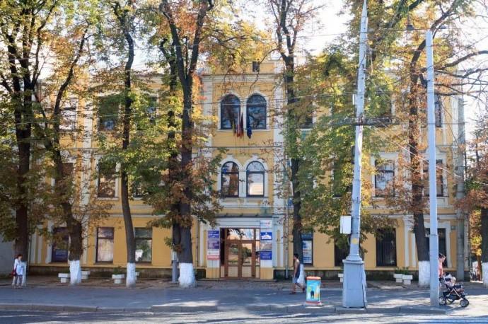 Пам'ятку архітектури в центрі Вінниці реконструюють під офіси та ресторан
