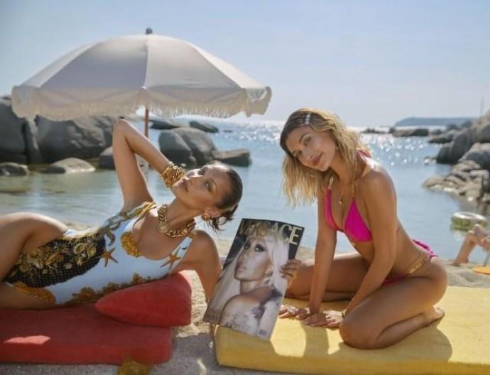 Хейли Бибер и Белла Хадид в рекламной кампании Versace