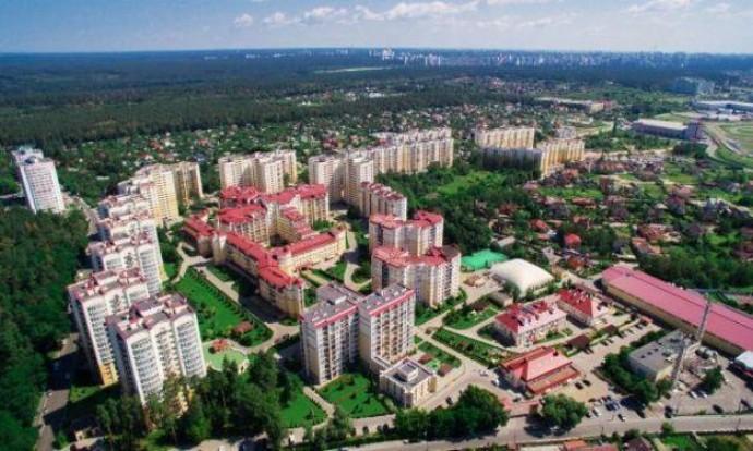 В Киевской области из 100 запланированных жилых комплексов вовремя завершено только 12