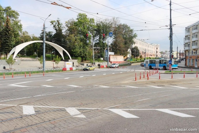 Було та стало: як змінилася площа Гагаріна після встановлення світлофорів (Фото)