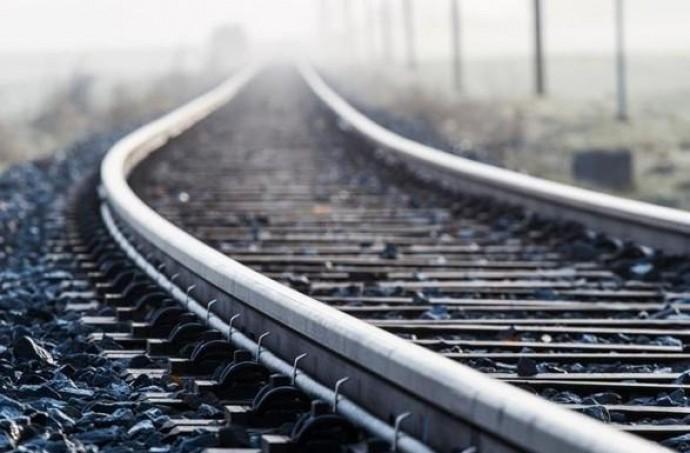 На Вінниччині вантажний потяг травмував 18-річного хлопця