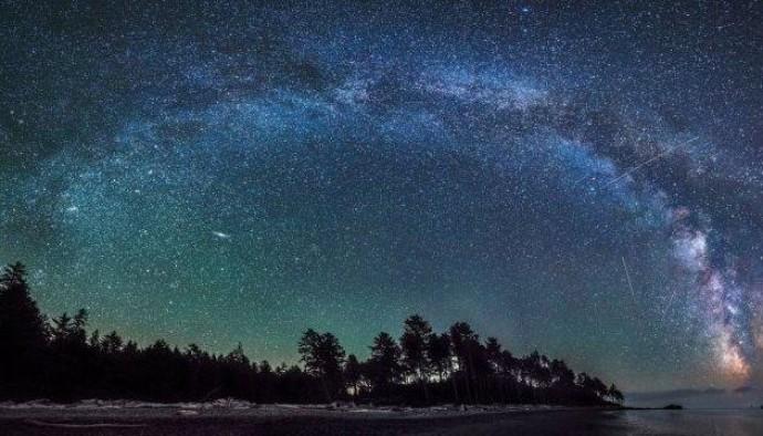 Чумацький Шлях — одна з мільярдів галактик у Всесвіті