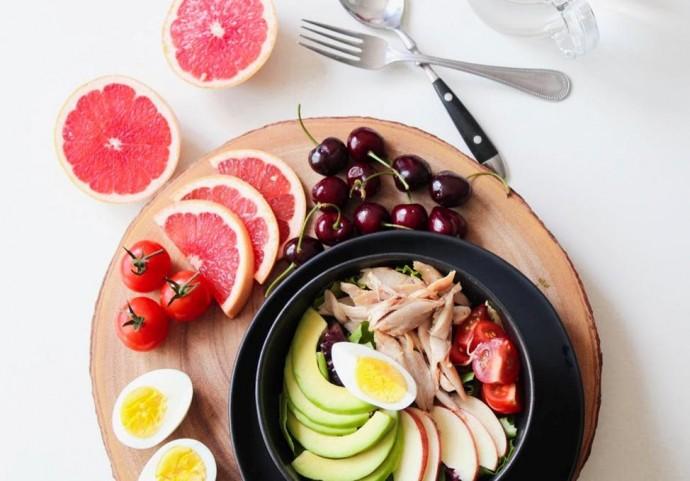 10 корисних та ситних продуктів, які здатні замінити солодощі