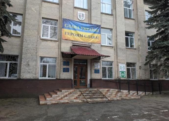 У Вінницьку районну раду пройшло 5 партій. Перелік депутатів