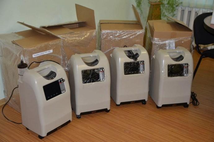 Лікарні Вінниччини отримали 127 кисневих концентратів (Фото)