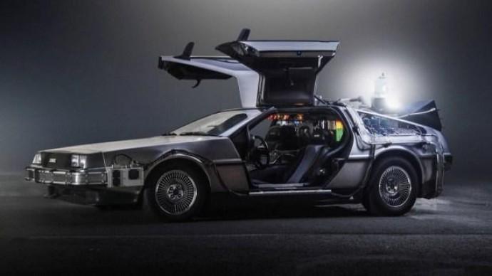 DeLorean вернет нас «Назад в будущее»