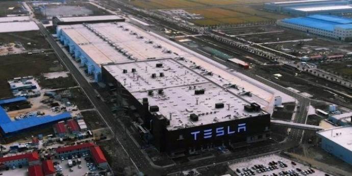 Tesla против китайских СМИ: «до встречи в суде»