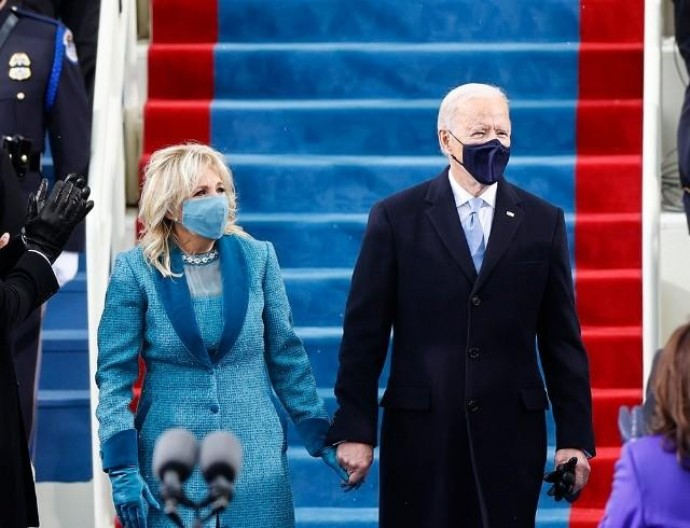 Рассматриваем образ первой леди США Джилл Байден на инаугурации