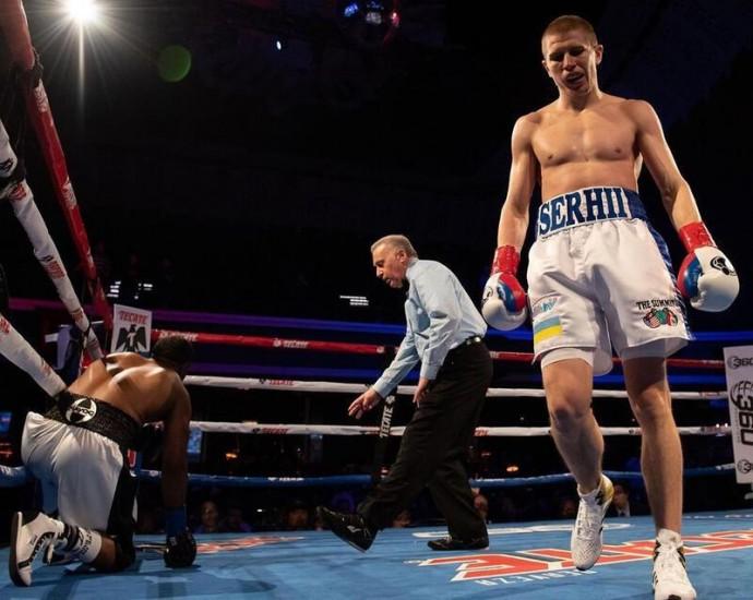 Боксер з Вінниці Сергій Богачук проведе професійний бій у США. Поєдинок переносили через COVID-19
