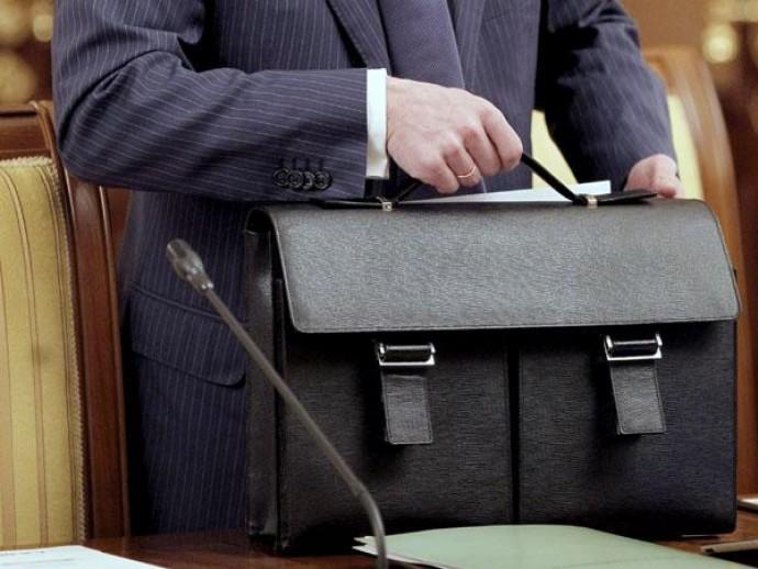 В Україні державним службовцям дозволили працювати до 70 років
