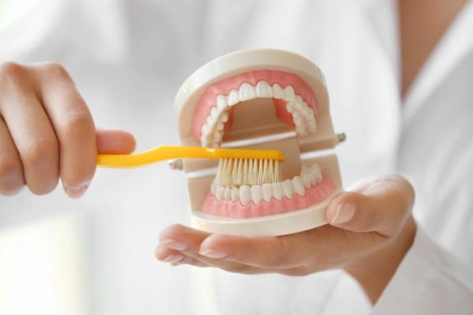 Об уходе за зубными протезами
