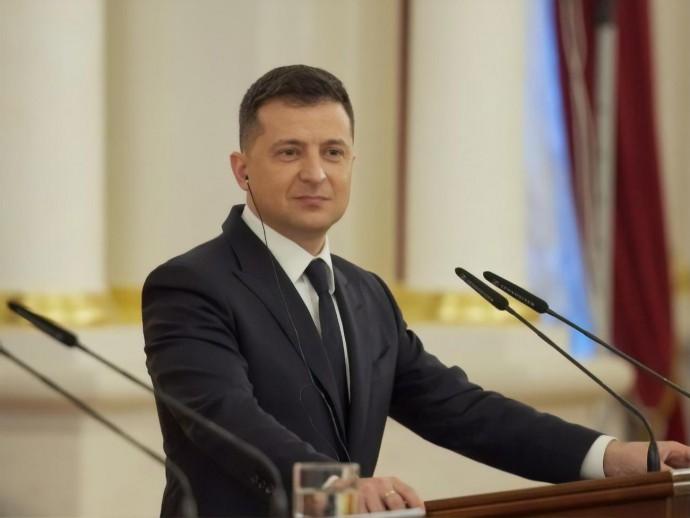 «Компьютер взятку не берет»: Зеленский поддержал стратегию цифровой трансформации
