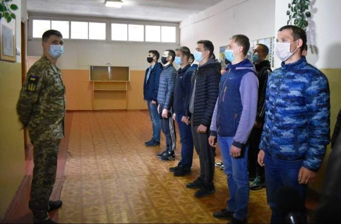 На Вінниччині розпочалась активна фаза весняної призовної кампанії до армії (Фото)
