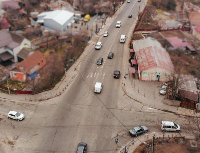 На вулиці Данила Нечая обмежать рух транспорту через реконструкцію водопроводу