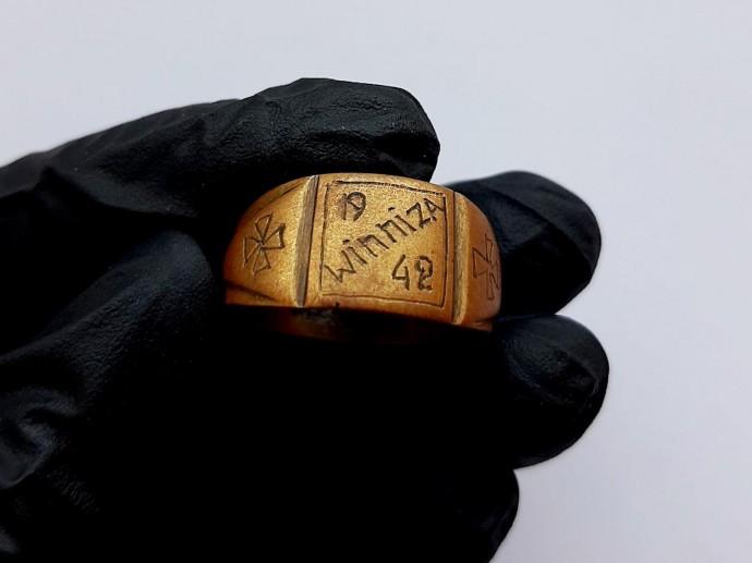Історики показали перстень солдата Вермахту, який побував у Вінниці під час окупації