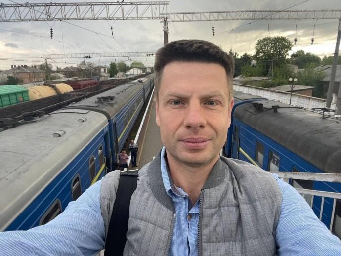 На Вінниччині затримали зловмисників, які у поїзді пограбували нардепа Олексія Гончаренка