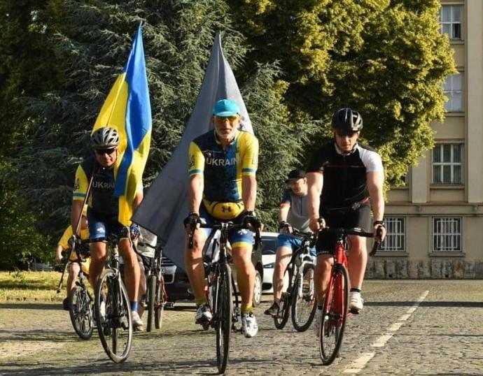 До Вінниці прямують учасники ветеранського велопробігу (Фото)