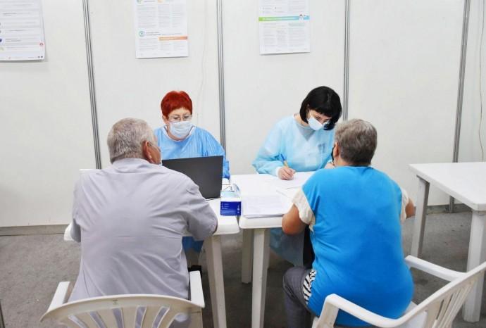 У Вінниці запрацює три Центри вакцинації від COVID-19. Щеплюватимуть всіх охочих
