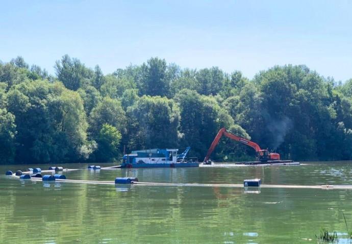 У Вінниці відновили роботи з очистки Південного Бугу