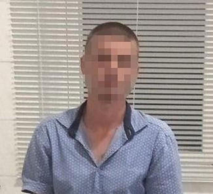 «Мобільний телефон, iPad та глюкометр»: у Піщанській громаді 28-річний чоловік пограбував пенсіонерку