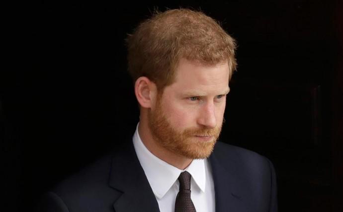 Принц Гаррі видасть