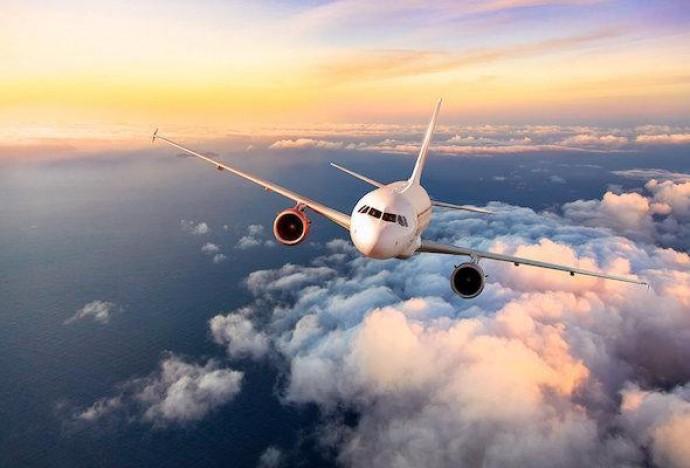 Авиатрафик в Украине возвращается к докризисным показателям