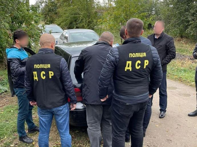 У Вінницькій області впіймали на хабарі посадовця ОТГ (Фото)