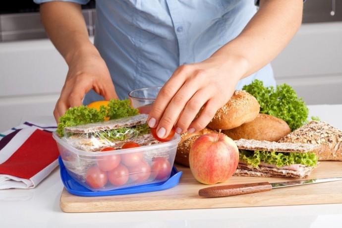 Як правильно харчуватися, щоб бути енергійними протягом дня?