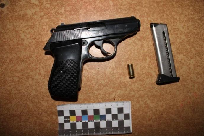 У Вінниці під час сварки з дружиною застрелився чоловік (Фото)