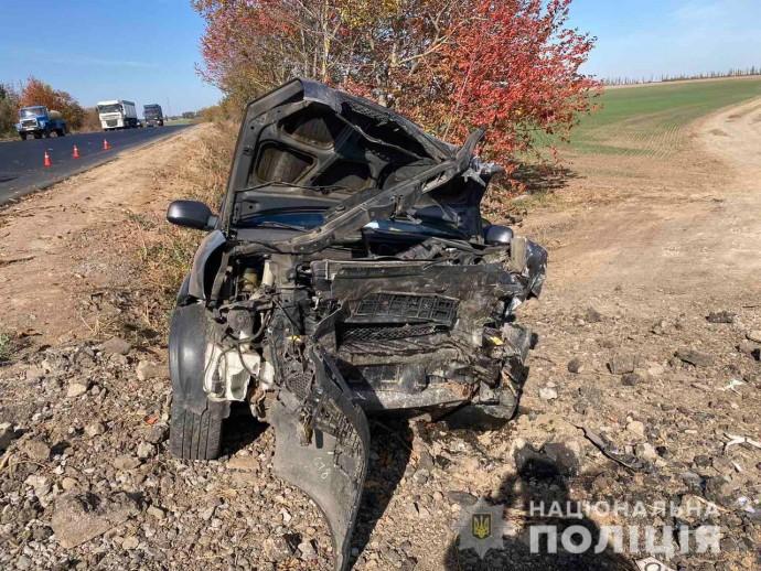 На Вінниччині автомобіль Hyundai не впорався з керуванням. Загинули двоє людей