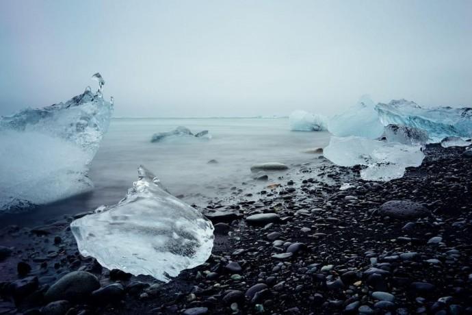 Ученые предупреждают об опасности таяния льдов в Арктике: супербактерии и радиация