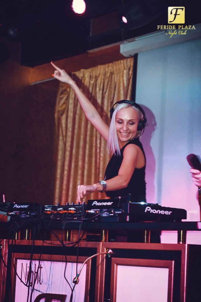 Фотоотчет вечеринки с Dj Katya Tsareva в Feride Plaza