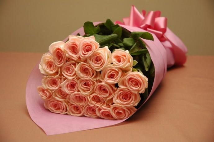 Женщине приятный подарок город кременчуг доставка цветов