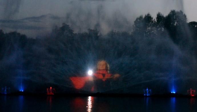 Нова шоу програма фонтану Рошен