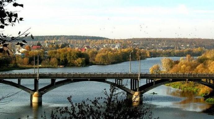 Столична компанія виграла тендер на ремонт Київського мосту
