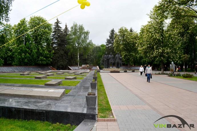 На Меморіалі Слави у Вінниці найкращі місця відведені людям, які померли ще до Другої Світової війни (Фото)