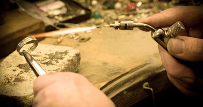 Профессиональный ремонт ювелирных изделий в Киеве на Позняках в мастерской  Morgan Lab 28acf673758