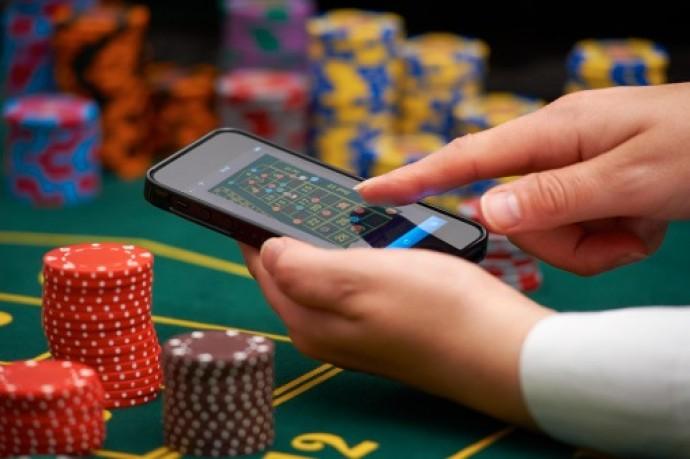 Преимущества онлайн казино Азино777 в сравнении с реальными - Журнал. Преимущества онлайн казино Азино777 в сравнении с реальными