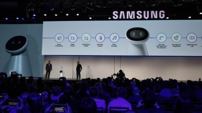 Компания Samsung представила медицинского робота Bot Care, ориентированного на заботу о здоровье пользователей