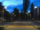 Вечірній проспект Космонавтів перетворюється на місце для романтичних побачень (Фото)