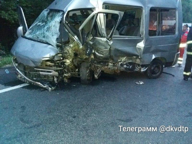 У Вінниці на об`їзній не розминулись два авто. Є загиблі (Фото)