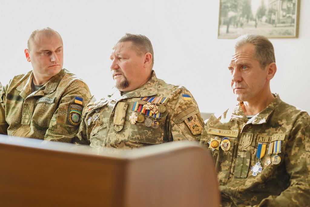 У Вінниці привітали захисників напередодні свята (Фото)