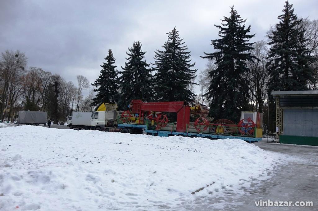 Вінницька Новорічна ялинка буде на метр вищою за столичну(Фото)