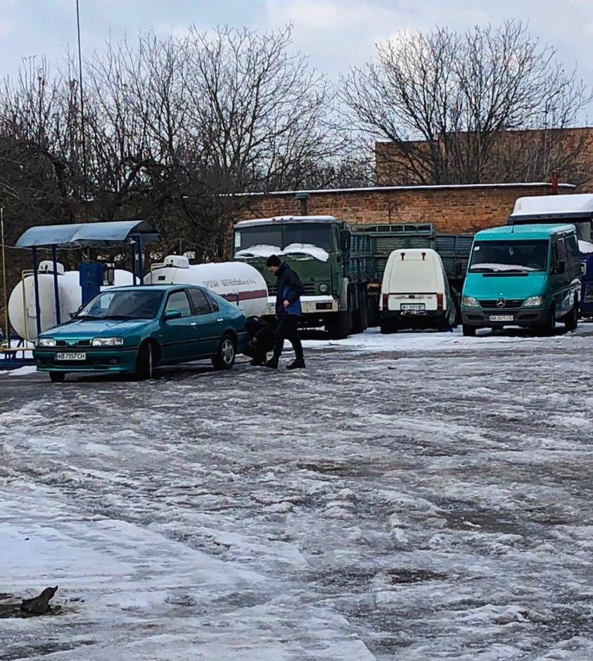 На Вінниччині закрили нелегальну АЗС (Фото)