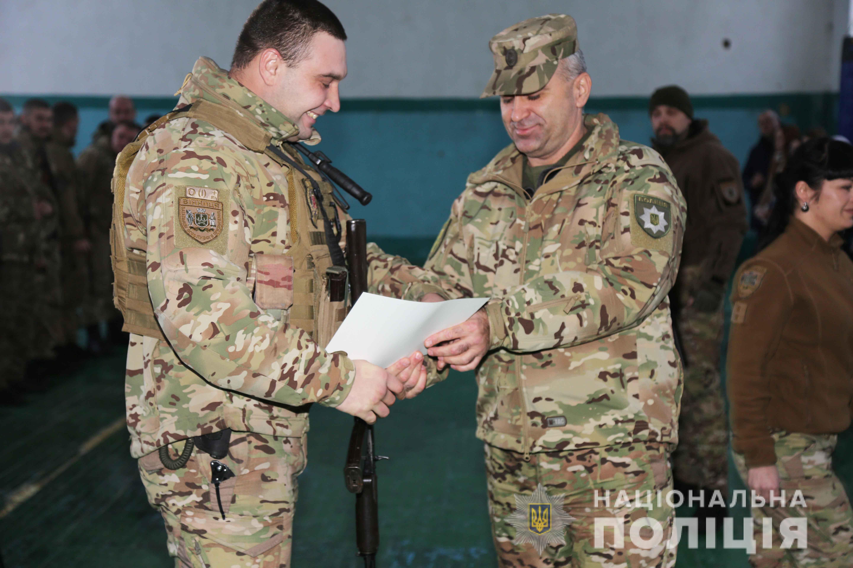 Вінницькі полісмени отримали нагороди «За участь в антитерористичній операції» (Фото)